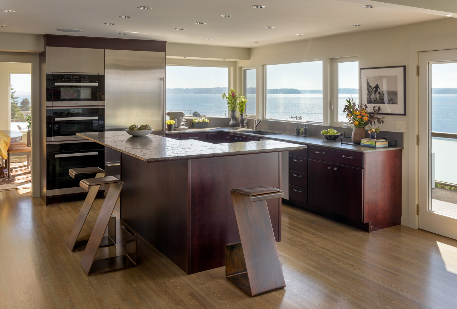 Art-House-kitchen-island-with-view-276x
