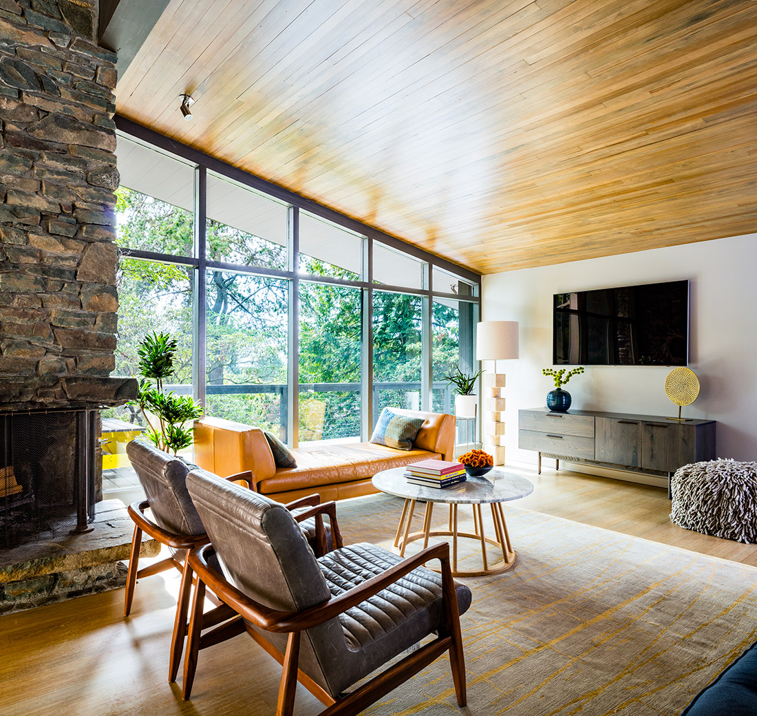 Hill-living-room-